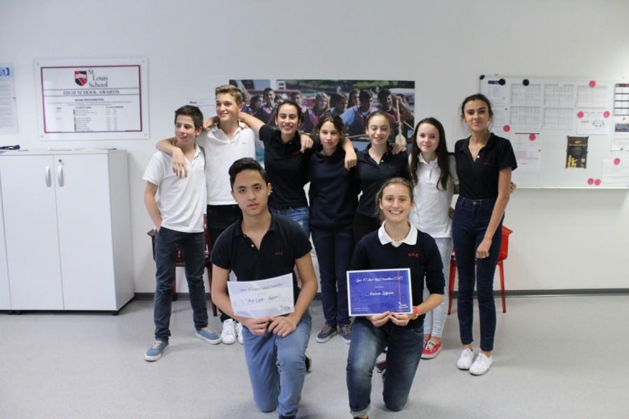 L-R Ruggero, Lois, Guilia, Costanza, Cristal, Olivia, Bianca                                        Front Luca,  Arancia