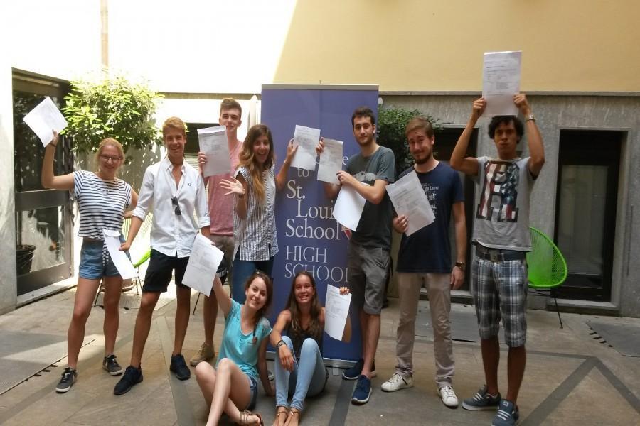 Congratulations to Year 13 IB Diploma Students on 100% Pass Mark